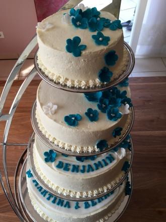 4-stöckige Hochzeitstorte