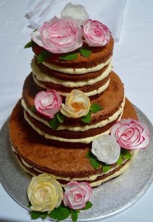 Naked Hochzeitstorte mit Blüten